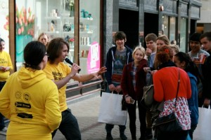 Maths Busking, Leeds City Centre (photo by Kevin Houston)