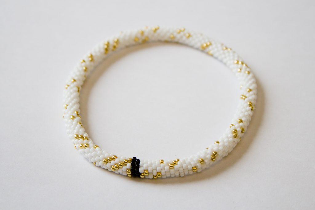 Bead crochet bracelet showing distribution of primes mod 6